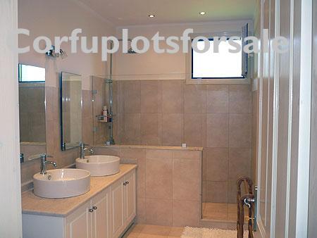 cp123-guest-bedroom3-shower