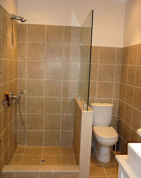 cp123-guest-bedroom4-shower
